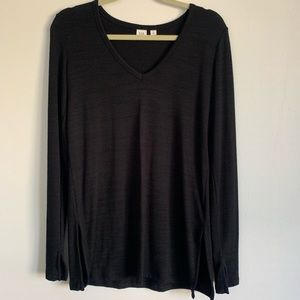 Black Gap V-Neck Lightweight Sweater/Long Sleeve